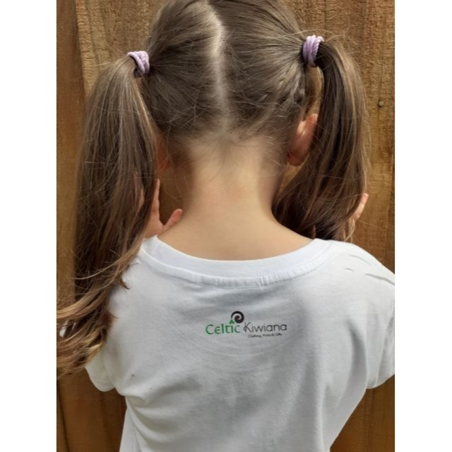 Showing back image on Celtic Kiwiana kids T shirt